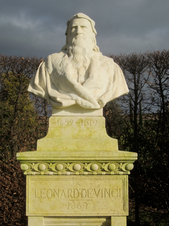 Where is Leonardo da Vinci buried?